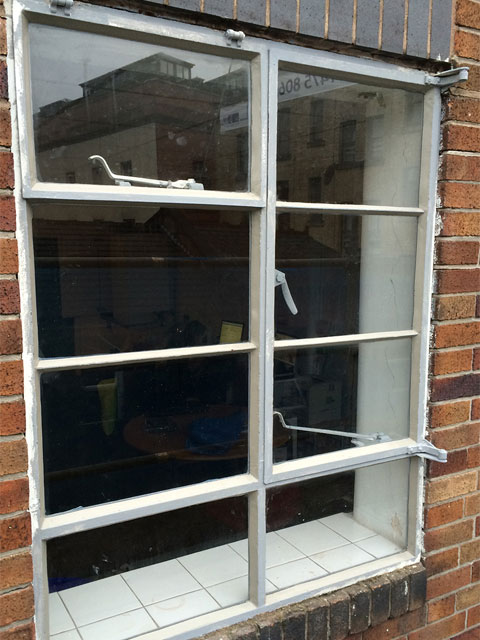 Metal Window Repair Service