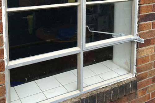 Metal Window Repairs